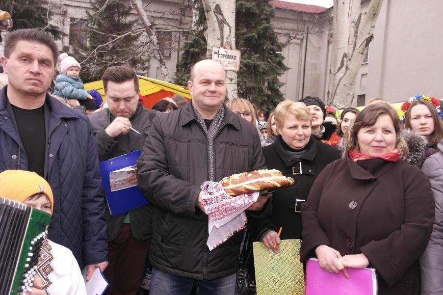 В Красноармейске шумно и весело встречают приход весны - Масленицу, фото-12