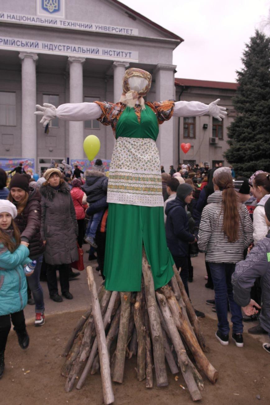 В Красноармейске шумно и весело встречают приход весны - Масленицу, фото-31