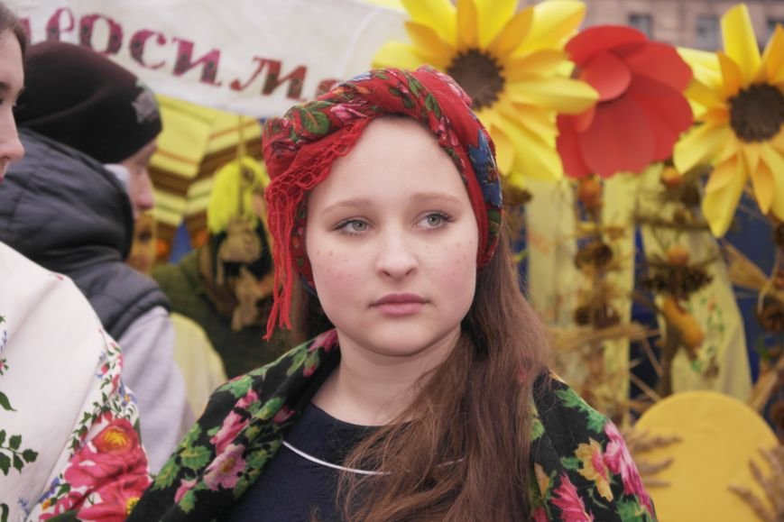 В Красноармейске шумно и весело встречают приход весны - Масленицу, фото-29
