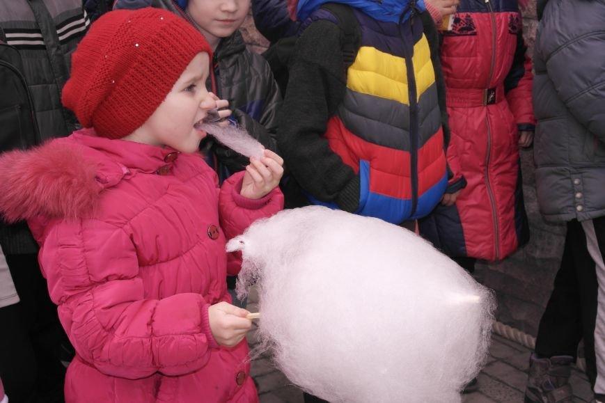 В Красноармейске шумно и весело встречают приход весны - Масленицу, фото-35