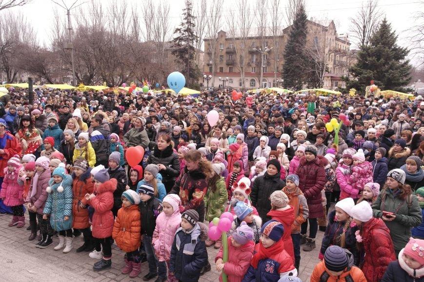 В Красноармейске шумно и весело встречают приход весны - Масленицу, фото-24