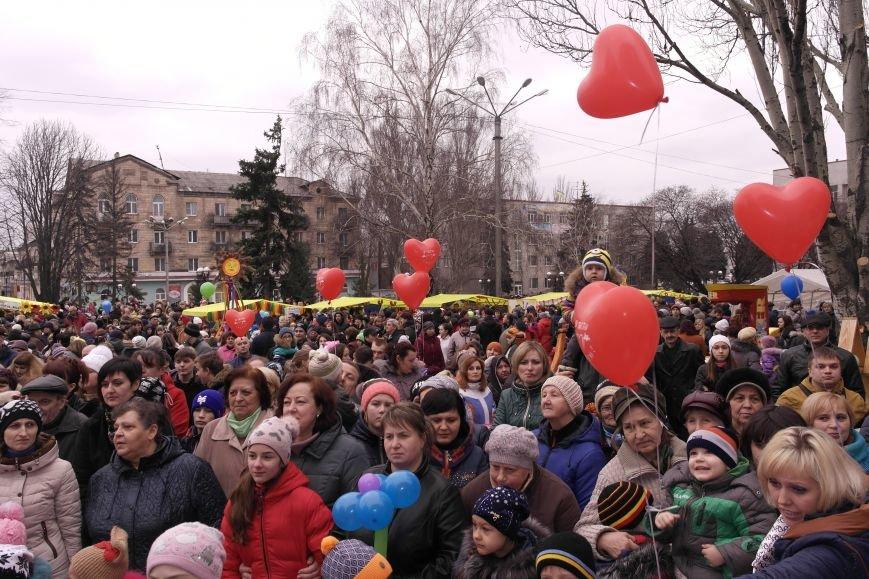 В Красноармейске шумно и весело встречают приход весны - Масленицу, фото-32