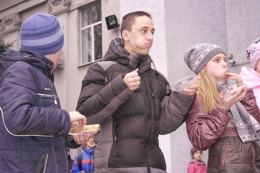 В Красноармейске шумно и весело встречают приход весны - Масленицу, фото-20