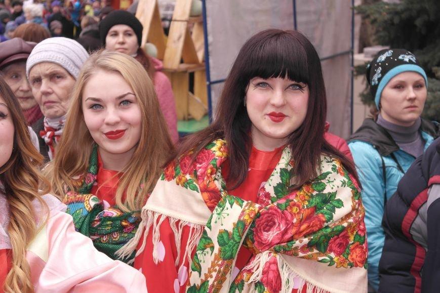 В Красноармейске шумно и весело встречают приход весны - Масленицу, фото-26