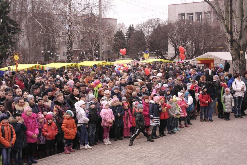 В Красноармейске шумно и весело встречают приход весны - Масленицу, фото-2
