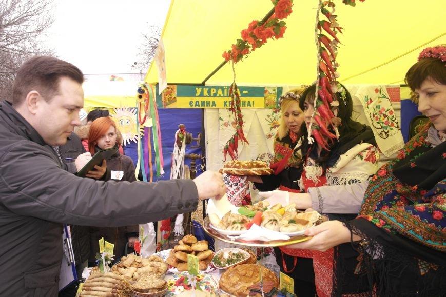 В Красноармейске шумно и весело встречают приход весны - Масленицу, фото-15
