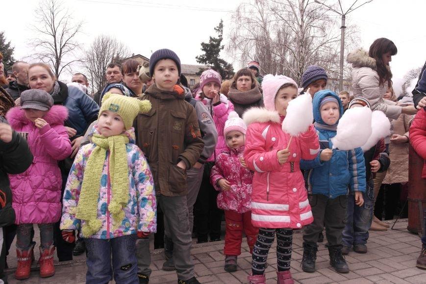 В Красноармейске шумно и весело встречают приход весны - Масленицу, фото-18