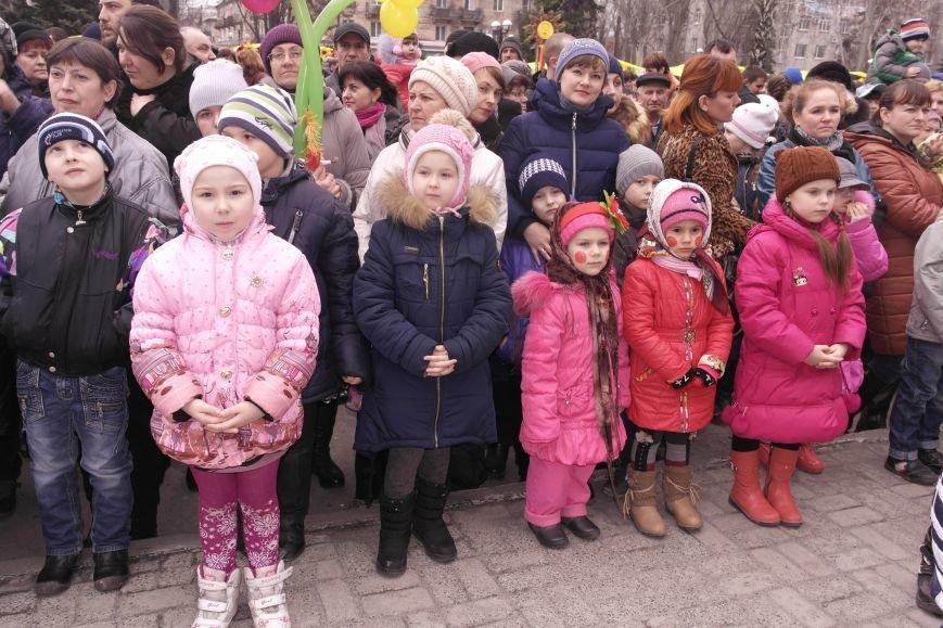 В Красноармейске шумно и весело встречают приход весны - Масленицу, фото-34