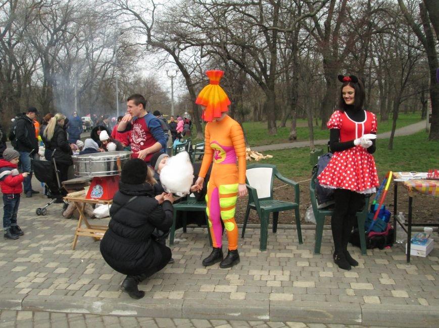 Одесситы празднуют масленицу в парке Шевченко (ФОТО), фото-8