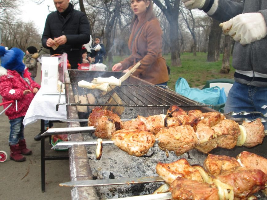 Одесситы празднуют масленицу в парке Шевченко (ФОТО), фото-4