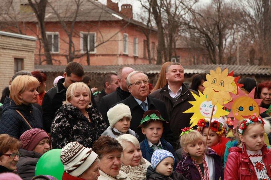 Мэр Ю.Вилкул встретил праздник Масленицы вместе с жителями поселка Авангард (ФОТО), фото-2