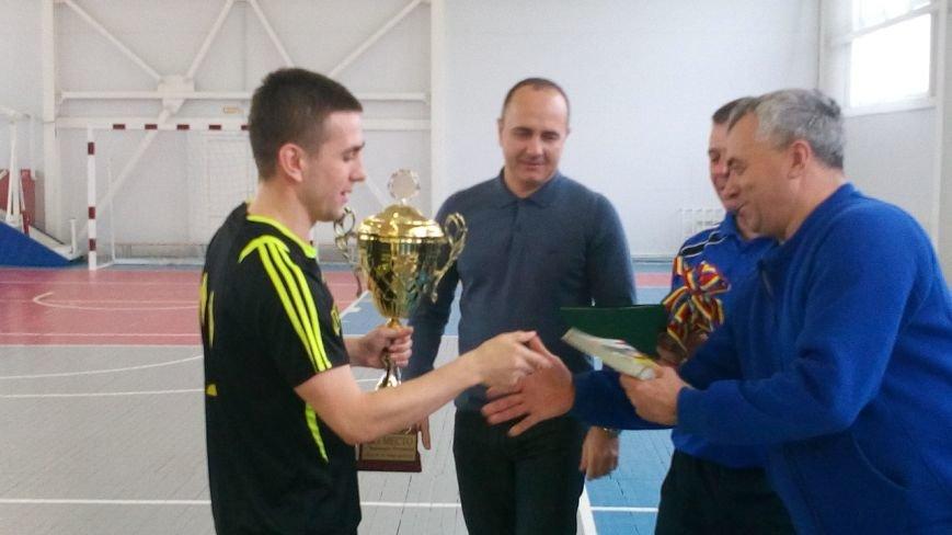 На Чемпионате РО по мини-футболу все призовые места заняли новошахтинские команды, фото-3