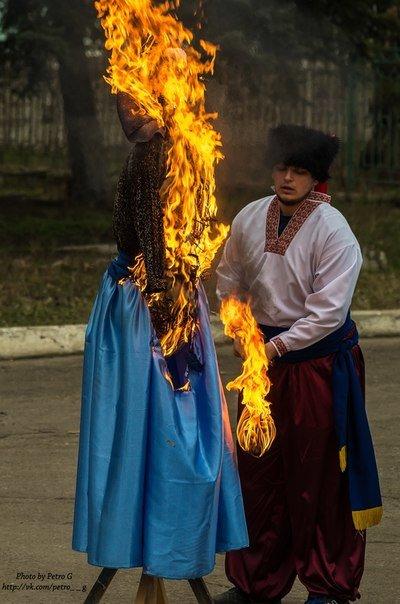 Центр культуры и окружающей среды Славянска отметил Масленицу (фото) (фото) - фото 1