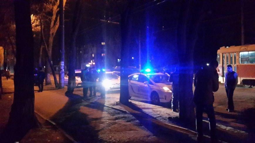 После ДТП водитель устроил драку на дороге, а потом обматерил и ударил полицейского (фото) - фото 5