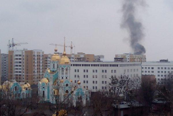 На Салтовке горит новострой (ФОТО) (фото) - фото 1