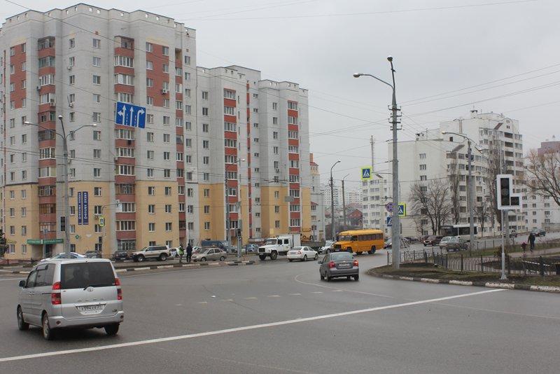 На одном из оживлённых перекрёстков Белгорода установили светофоры, фото-4