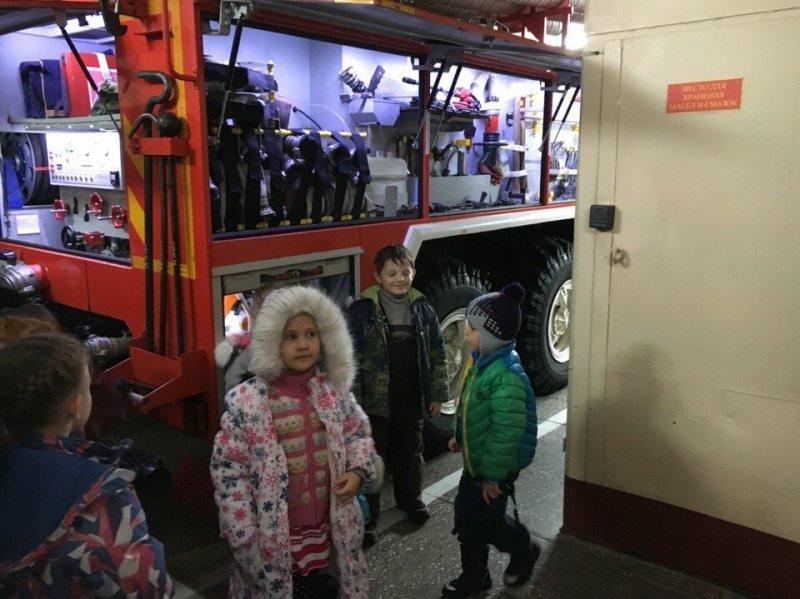 дети на пожаре