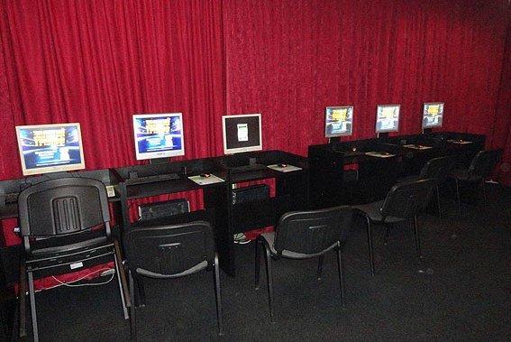 Еще одно подпольное казино закрыли в Черниговской области (фото) - фото 1