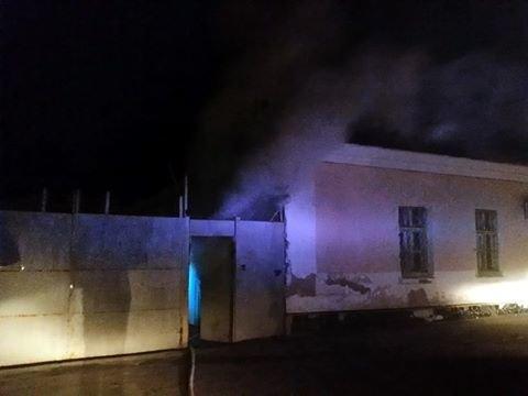 В Деснянском районе во время пожара погиб охранник предприятия (ФОТО), фото-1