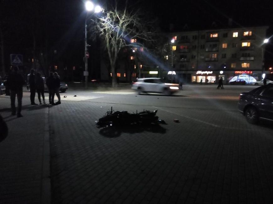 В Полоцке мотоциклист врезался в Opel. Пассажир Yamaha в больнице, фото-1