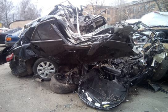 Под Киевом в ДТП погибло три человека (ФОТО) (фото) - фото 1