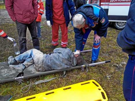 На Масленицу сумчане нашли истекающего кровью человека в заброшенном кинотеатре (ФОТО) (фото) - фото 1