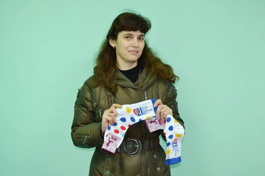 """Акція """"Кольорова шкарпетка"""" крокує Житомиром, фото-4"""