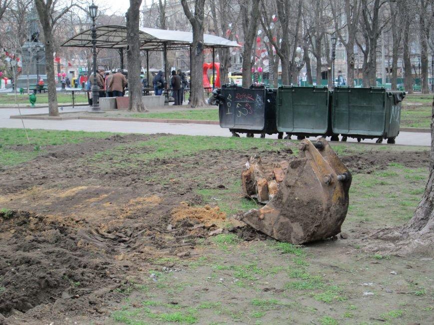 В Одессе на Соборной площади орудует спецтехника (ФОТО), фото-2
