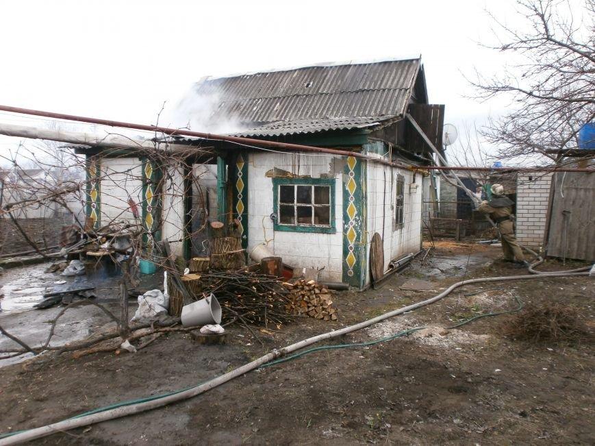 В Днепродзержинске горел частный жилой дом (фото) - фото 1