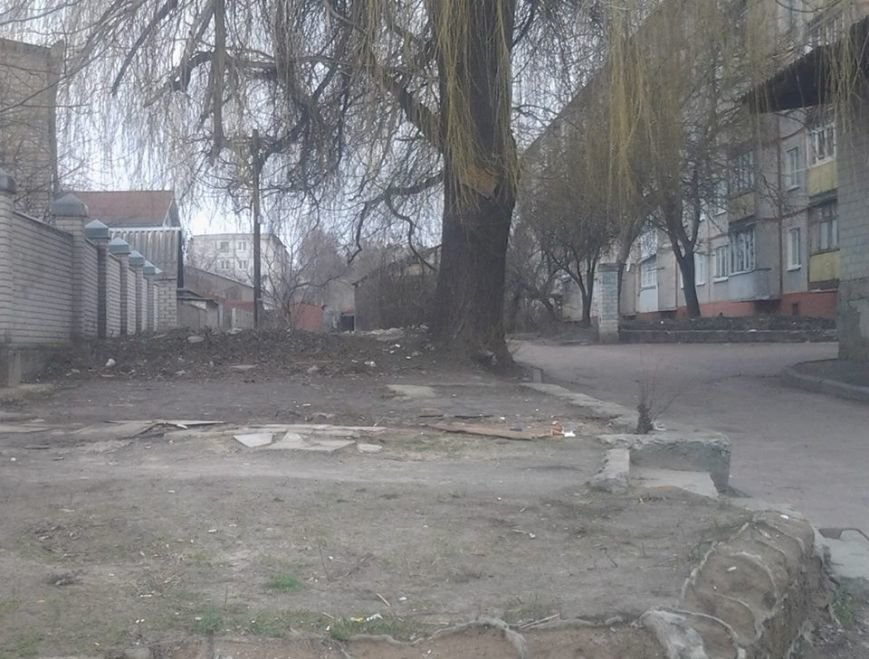 Житомир освободили от еще трех незаконно установленных временных сооружений, фото-2