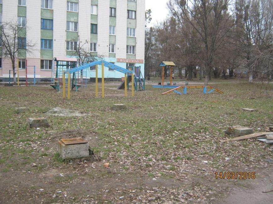 Житомир освободили от еще трех незаконно установленных временных сооружений, фото-5