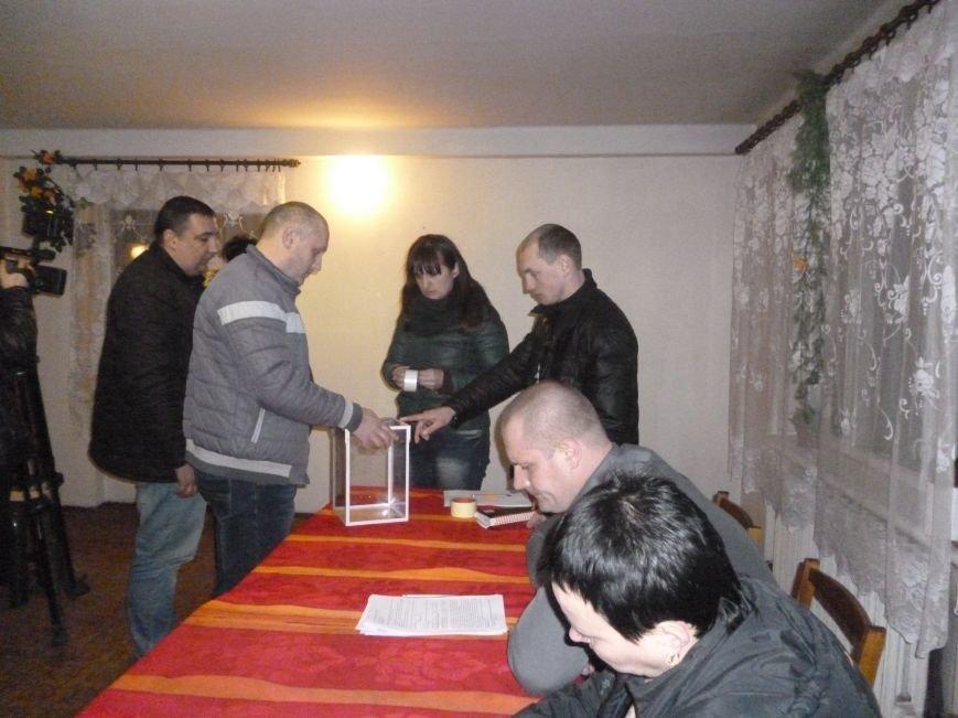В Родинском, вопреки всему, избран новый исполняющий обязанности городского головы (фото) - фото 7