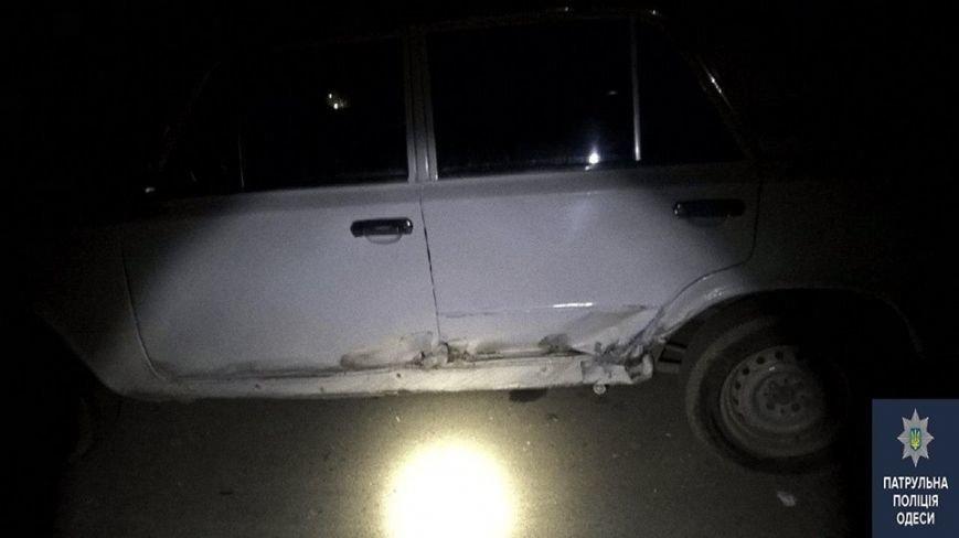 """6e731dfec453c52b42a2ff406b0ba4fd """"Летчик"""" на БМВ в Одессе разнес одним трюком пять автомобилей"""
