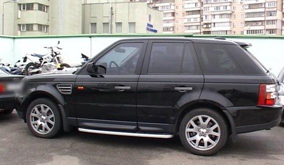 В Киеве водитель, перевозивший оружие и наркотики, устроил ДТП (ФОТО) (фото) - фото 3
