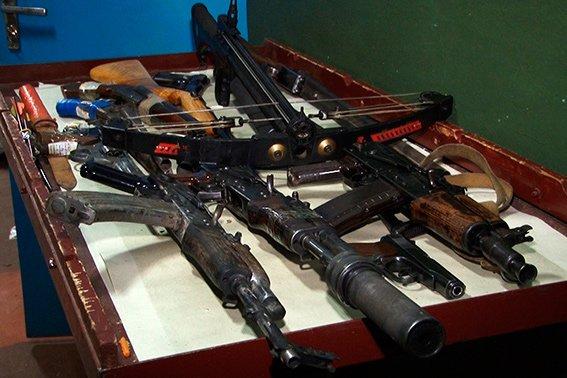 Від початку березня на Прикарпатті в поліцію добровільно здали 44 одиниці нелегальної зборої (ФОТО) (фото) - фото 1