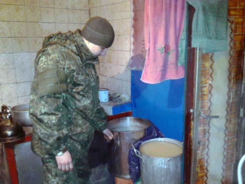 В Красноармейске правоохранители выявили 70-летнюю самогонщицу (фото) - фото 2