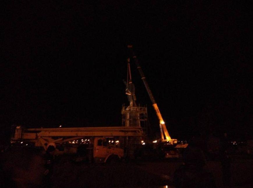 В Запорожье демонтируют самого большого Ленина в Украине: онлайн-трансляция (обновляется), фото-100