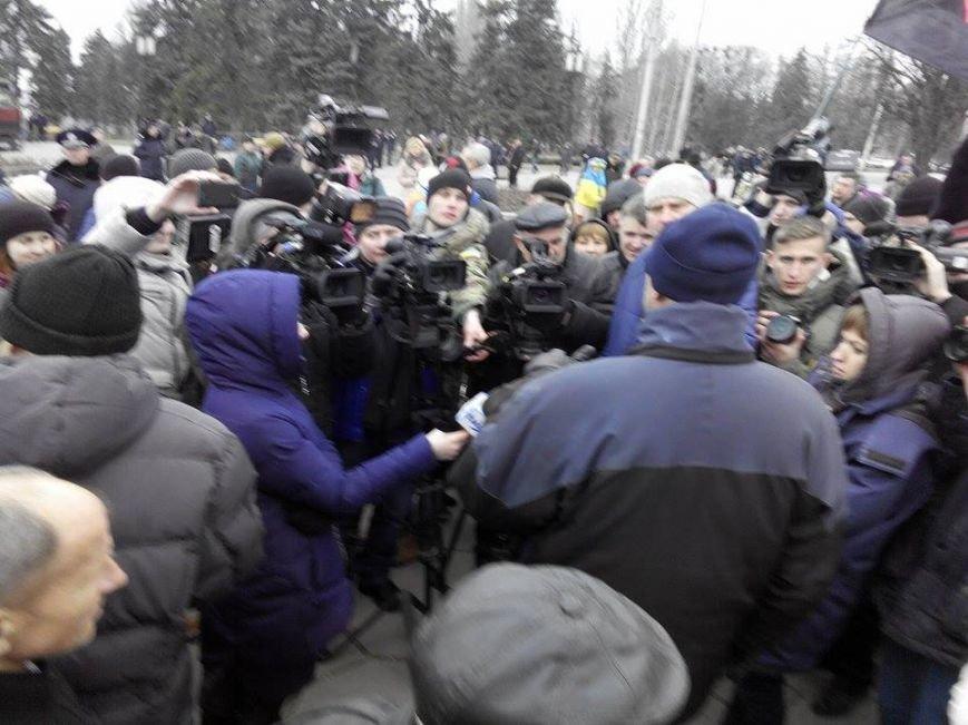 В Запорожье демонтируют самого большого Ленина в Украине: онлайн-трансляция (обновляется), фото-53