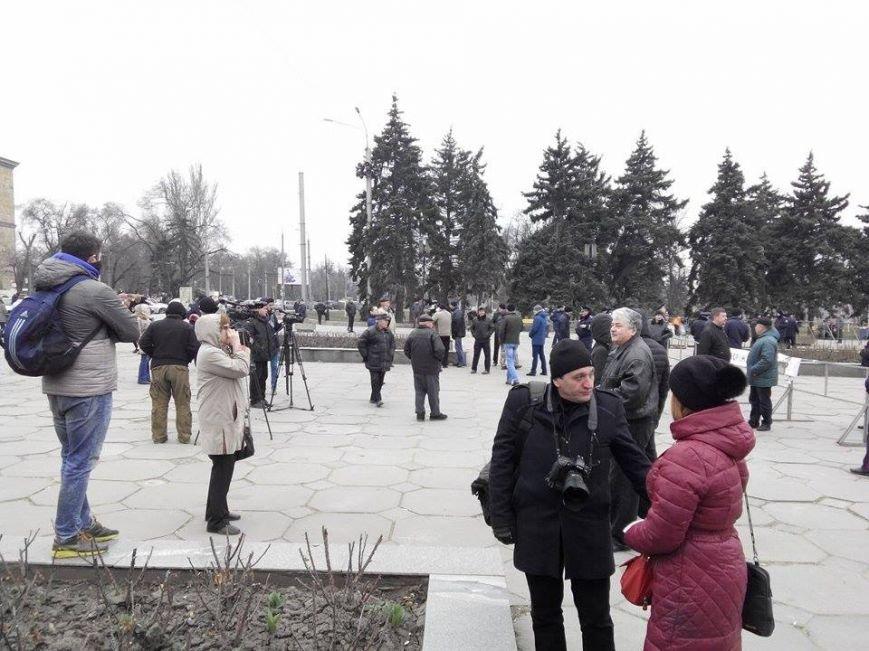 В Запорожье демонтируют самого большого Ленина в Украине: онлайн-трансляция (обновляется), фото-60