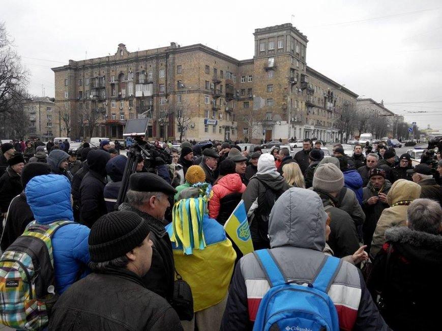 В Запорожье демонтируют самого большого Ленина в Украине: онлайн-трансляция (обновляется), фото-37