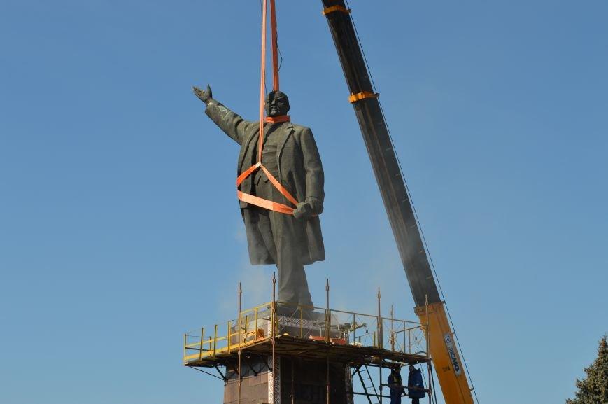 В Запорожье демонтируют самого большого Ленина в Украине: онлайн-трансляция (обновляется), фото-110