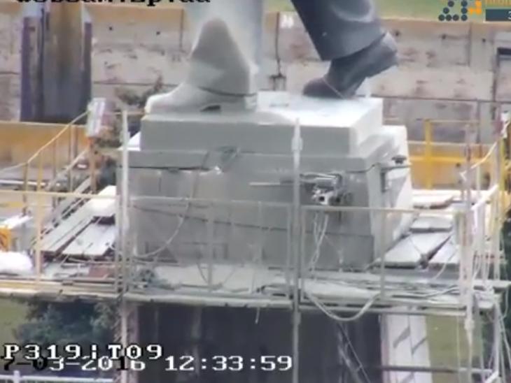 В Запорожье демонтируют самого большого Ленина в Украине: онлайн-трансляция (обновляется), фото-30