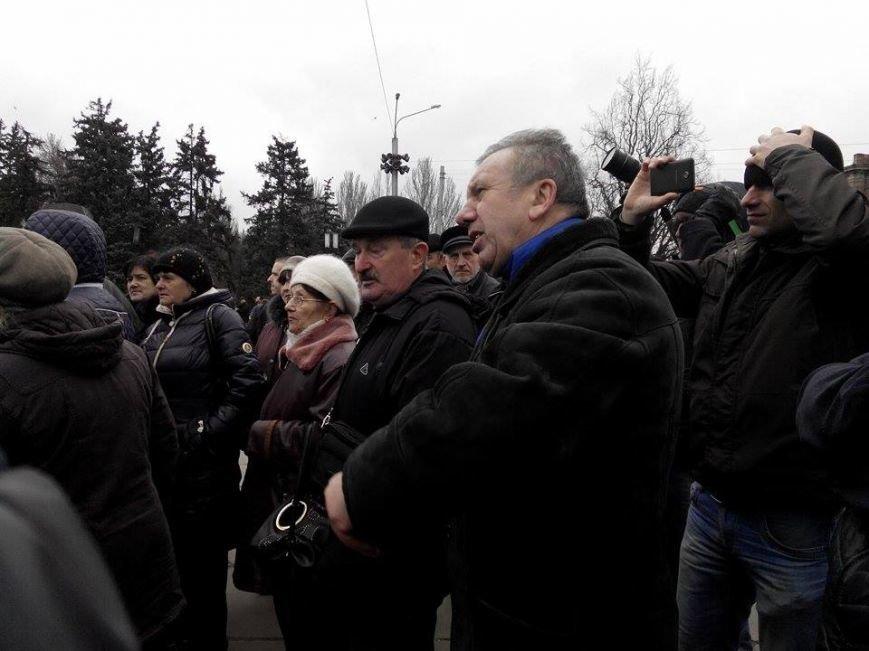 В Запорожье демонтируют самого большого Ленина в Украине: онлайн-трансляция (обновляется), фото-35