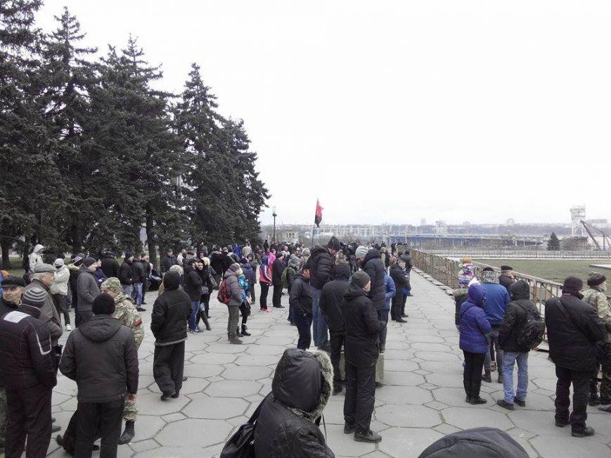 В Запорожье демонтируют самого большого Ленина в Украине: онлайн-трансляция (обновляется), фото-26