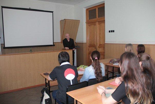 Майкопские студенты получили урок актерского мастерства от Саида Багова (фото) - фото 1