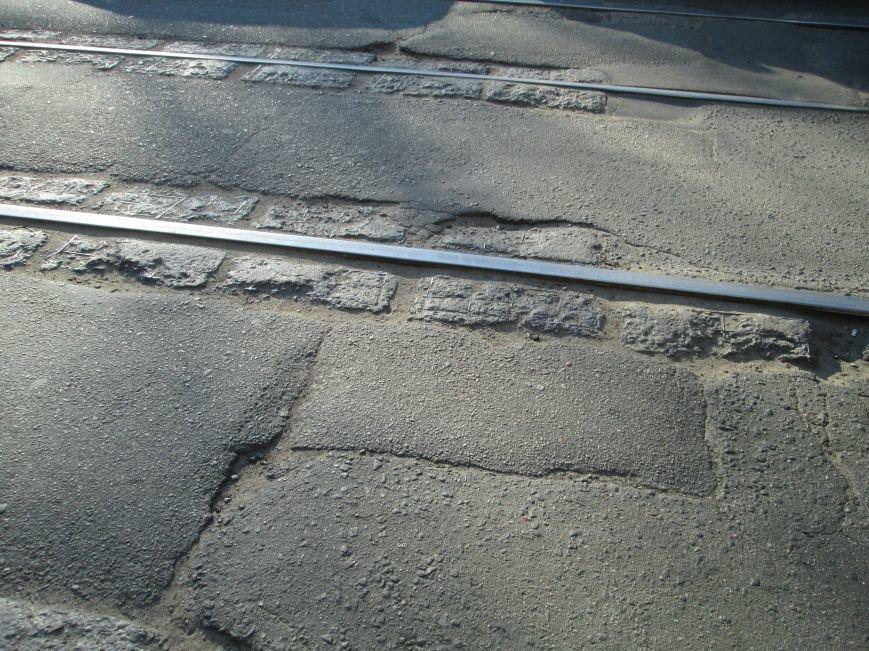 40c3bf8fafdaad527c333c96b4120cb0 На дорогах в центре Одессы водители убивают машины