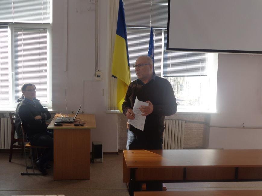 «І чужого навчайтесь, й свого не цурайтесь»: в Красноармейске прошла международная конференция, посвященная местному самоуправлению (фото) - фото 15