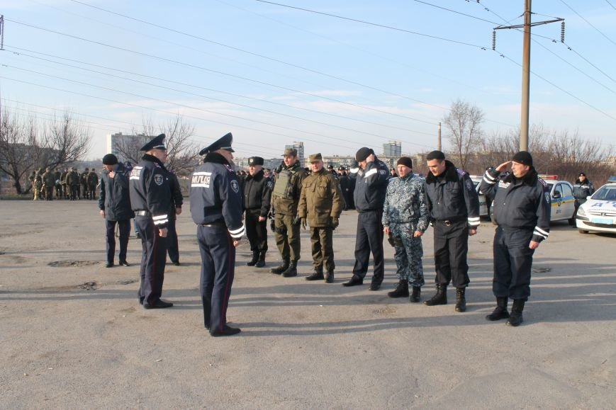 """В Долгинцевском районе полицейские и """"нацгвардейцы"""" вышли на поиски правонарушителей (ФОТО), фото-2"""