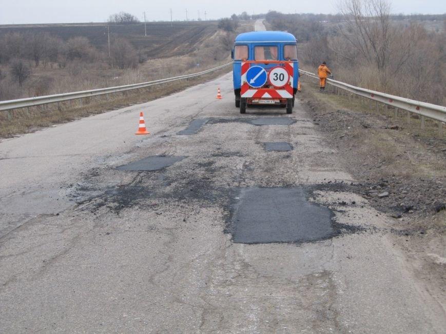 На дорогах Кіровоградщини триває аварійний ремонт. ФОТО, фото-5