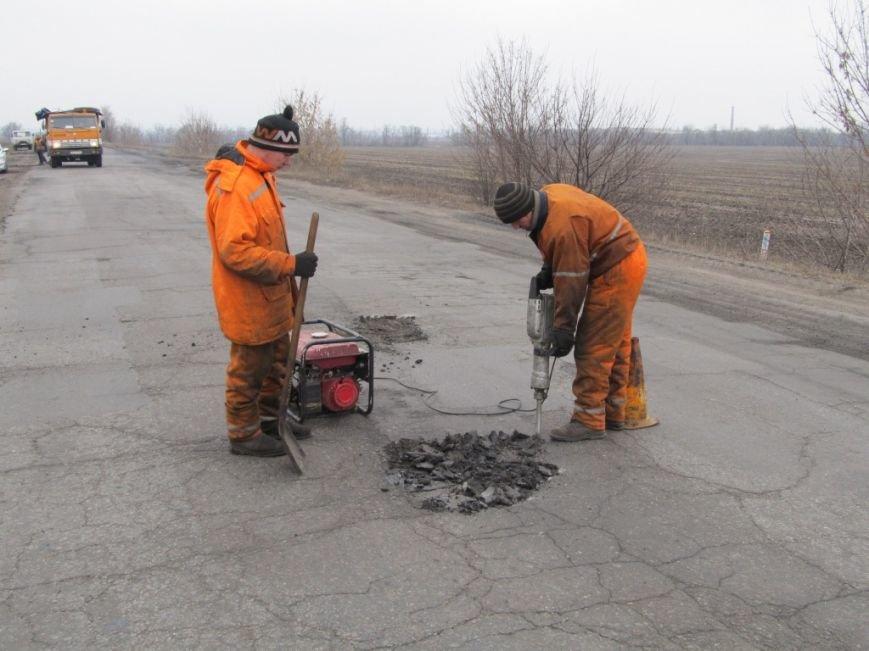 На дорогах Кіровоградщини триває аварійний ремонт. ФОТО, фото-4